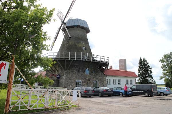 Taukokahvila välillä Tallinna-Tarto