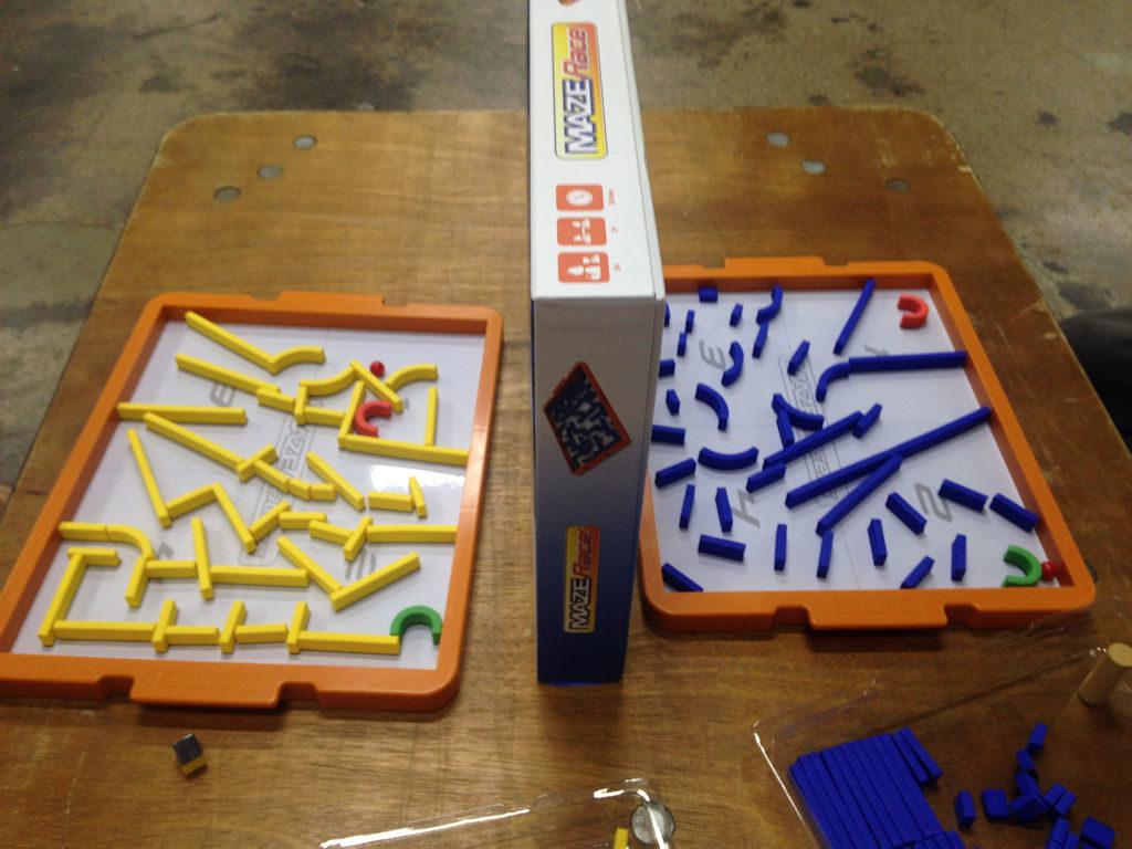 Maze Race ja pelaajien tekemät labyrintit.